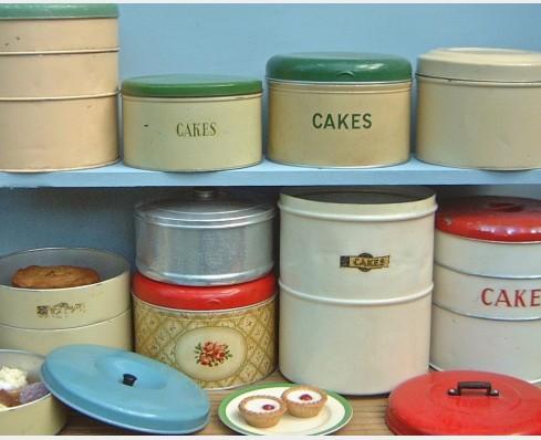 Cake Tins Amp Boxes The Vintage Kitchen Store