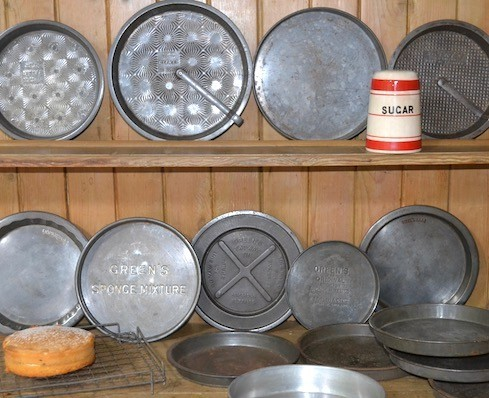 Sponge Tins The Vintage Kitchen Store