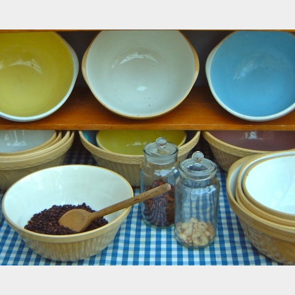 Mixing Bowls - The Vintage Kitchen Store